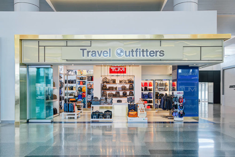 Phoenix Sky Harbor Airport Terminal 3: Travel Outfitters